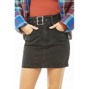 High rise waist belted denim skirt